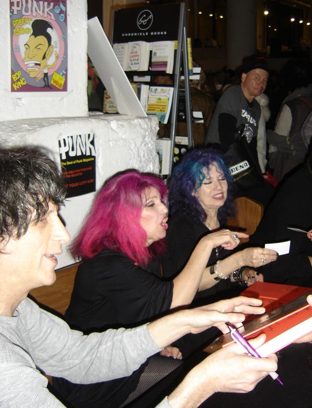 (L-R )Joey Ramones brudder, Mickey, Tish & Snookie (Manic Panic) pic:Terreson